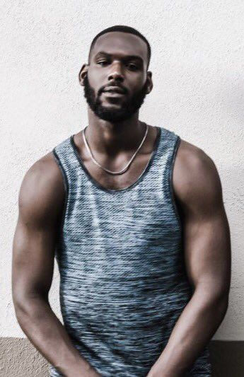 Kofi Siriboe age, Birthday, Height, Net Worth, Wife, Family, Salary