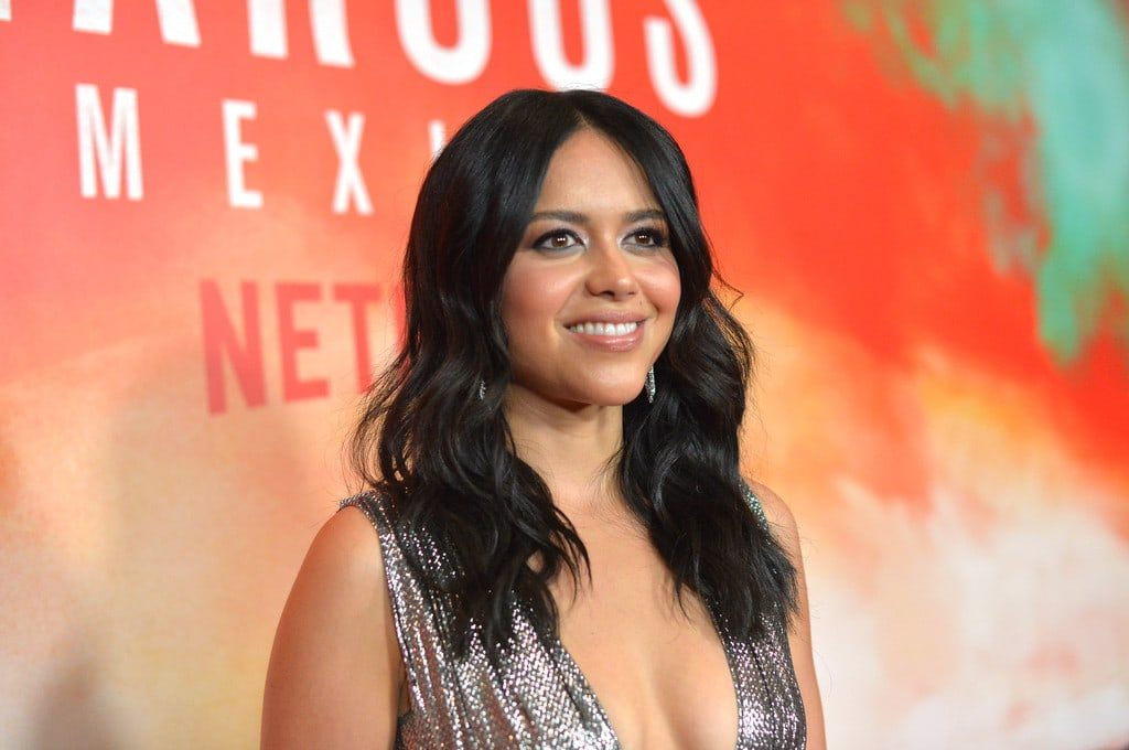 Alyssa Diaz age, Birthday, Height, Net Worth, Family, Salary