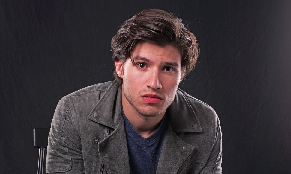 Cameron Cuffe age, Birthday, Height, Net Worth, Family, Salary